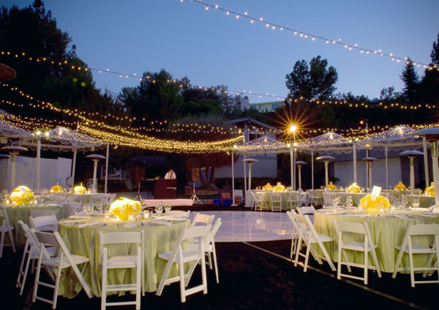 LA Wedding Planner Wayne Gurnick: full service wedding design, planning and coordination at a private home in Woodland Hills
